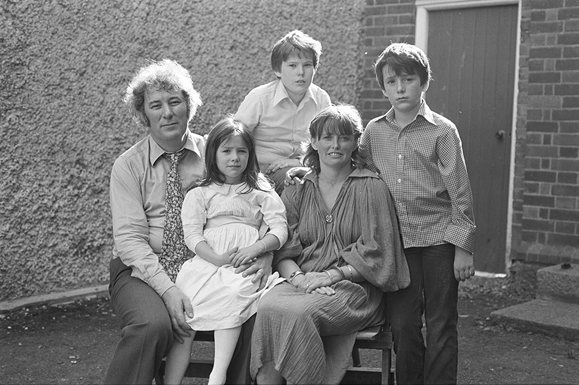 Seamus, his wife Marie, and their children, circa late 70s. Photo: Hanvey