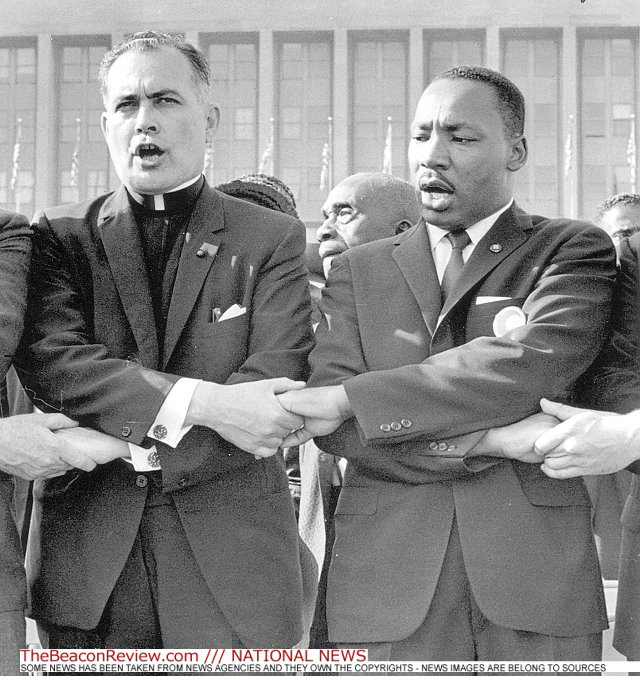 Father Hesburgh with Martin Luther King, Jr. at the 1964 March on Washington. (Photo: The Beacon Review)