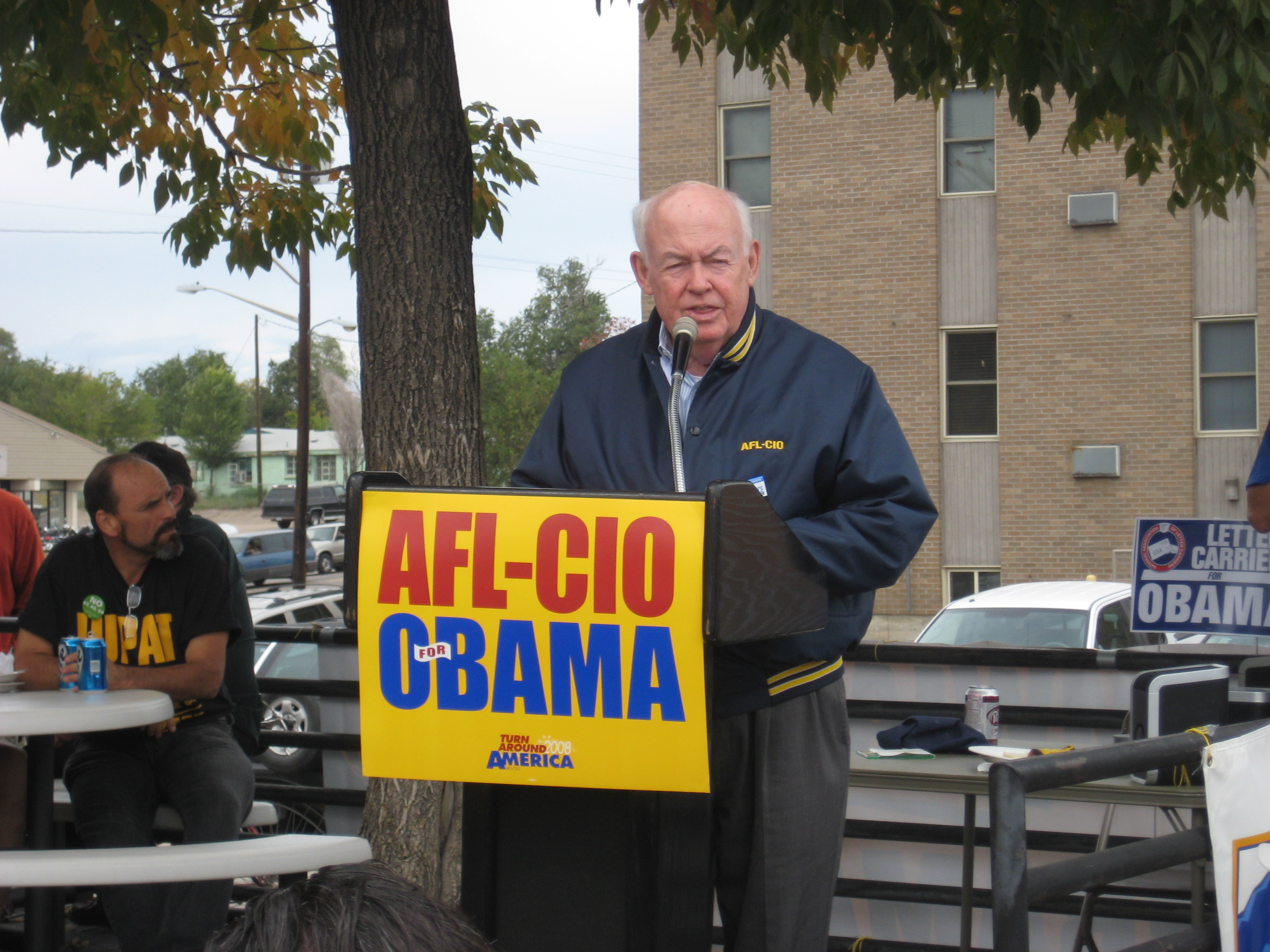 John Sweeney at the 2008 International Labor Leader Walk. AFL-CIO / Wikimedia Commons
