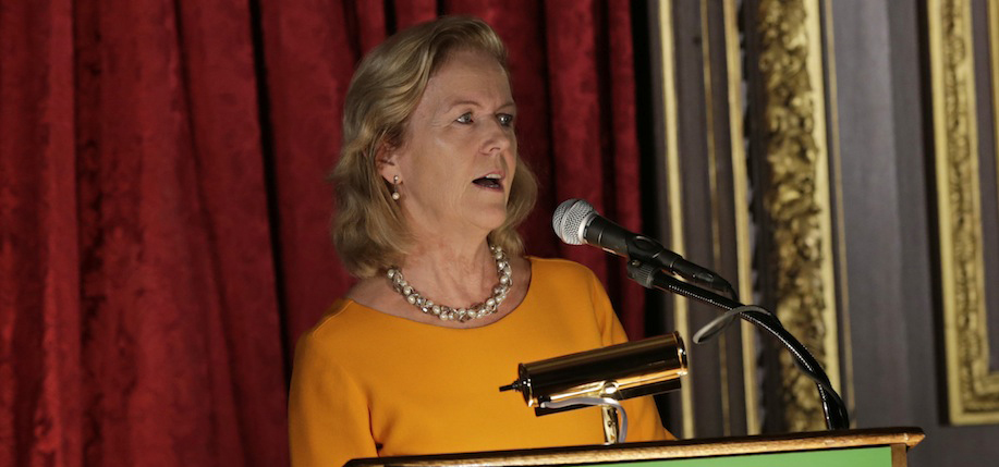 Ambassador Anne Anderson introduces Irish America Wall Street 50 keynote Shaun Kelly last year. Photo: Nuala Purcell.
