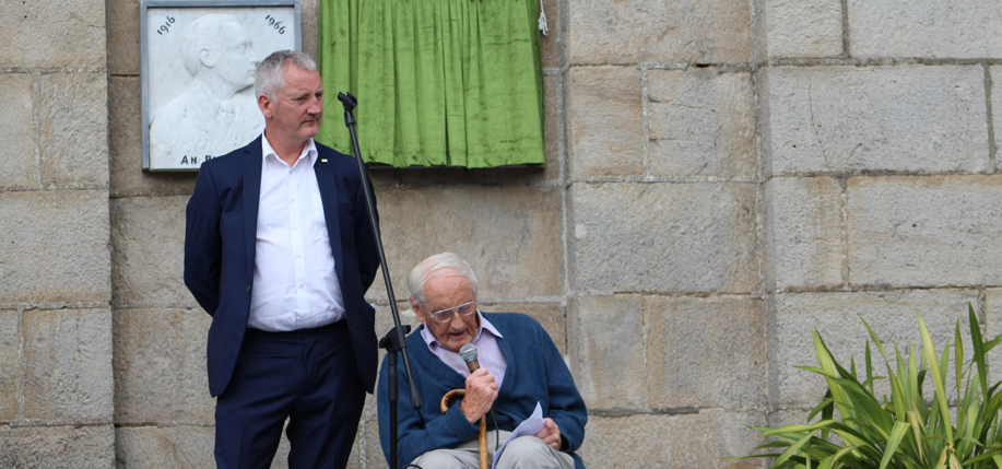 Frank Shouldice, and his  father, Frank, at the  unveiling of a plaque in Boyle, County Roscommon, in July. The plaque acknowledges the  contribution made by volunteers from the area, including the author's namesake, in the fight for Irish freedom.  (Photo: BoyleToday.com)