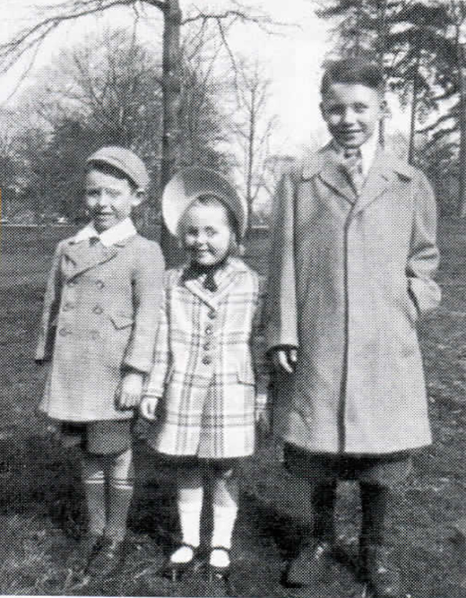 <em>Pete (right), his brother Tommy and sister Kathleen on an Easter Sunday in Prospect Park, Brooklyn.</em>