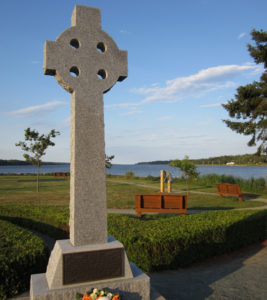 Middle Island memorial cross. Photo: John Kernaghan.