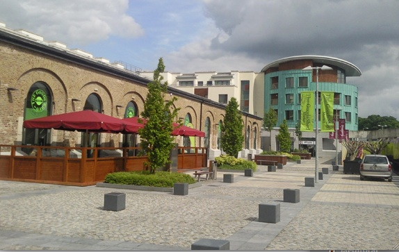 The MacDonagh Junction Shopping Centre in Kilkenny City sits on the site of the old Kilkenny Union Workhouse, where over 970 perished and were buried during the famine.