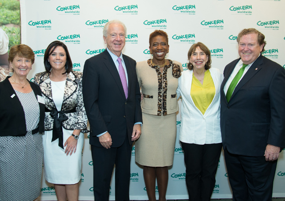 Aine Fay, Anita Sands, Joe Cahalan, honoree Carla Harris, Carolyn Perla, Tom Moran