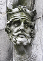 Brain_Boru_sculpture_outside_Chapel_Royal_outside_Dublin_Castle copy