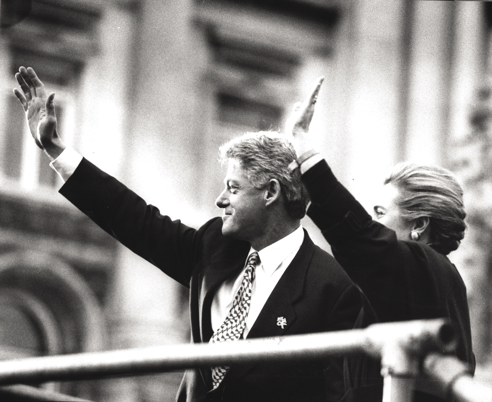 President and Hillary Clinton in Derry, November 30, 1995.