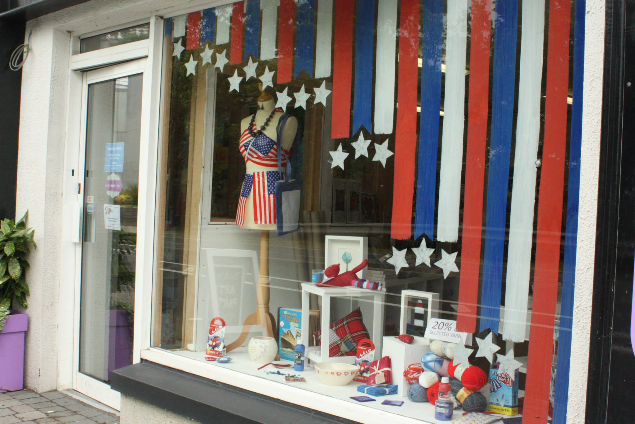 The storefronts on the New Ross Quay are decorated in U.S. colors all weekend. Craft Central on the Quay. (Photo: New Ross & District Chamber / Facebook)