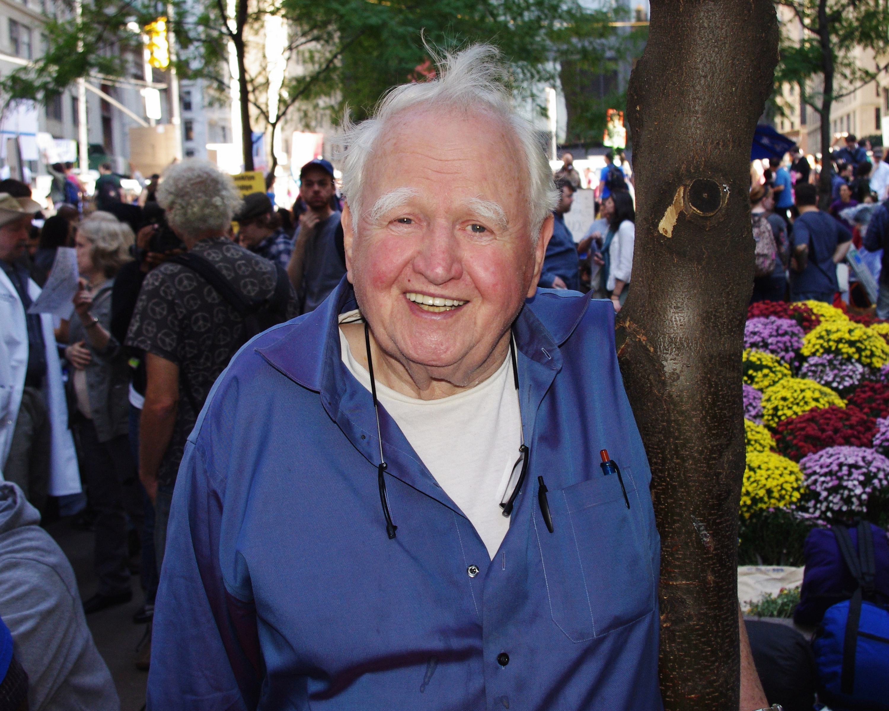 Malachy_McCourt_Occupy_Wall_Street_2011_David_Shankbone_37