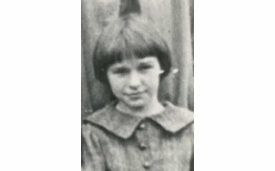 Molly Boland at  9 years old in 1925. (Photo courtesy of the author)