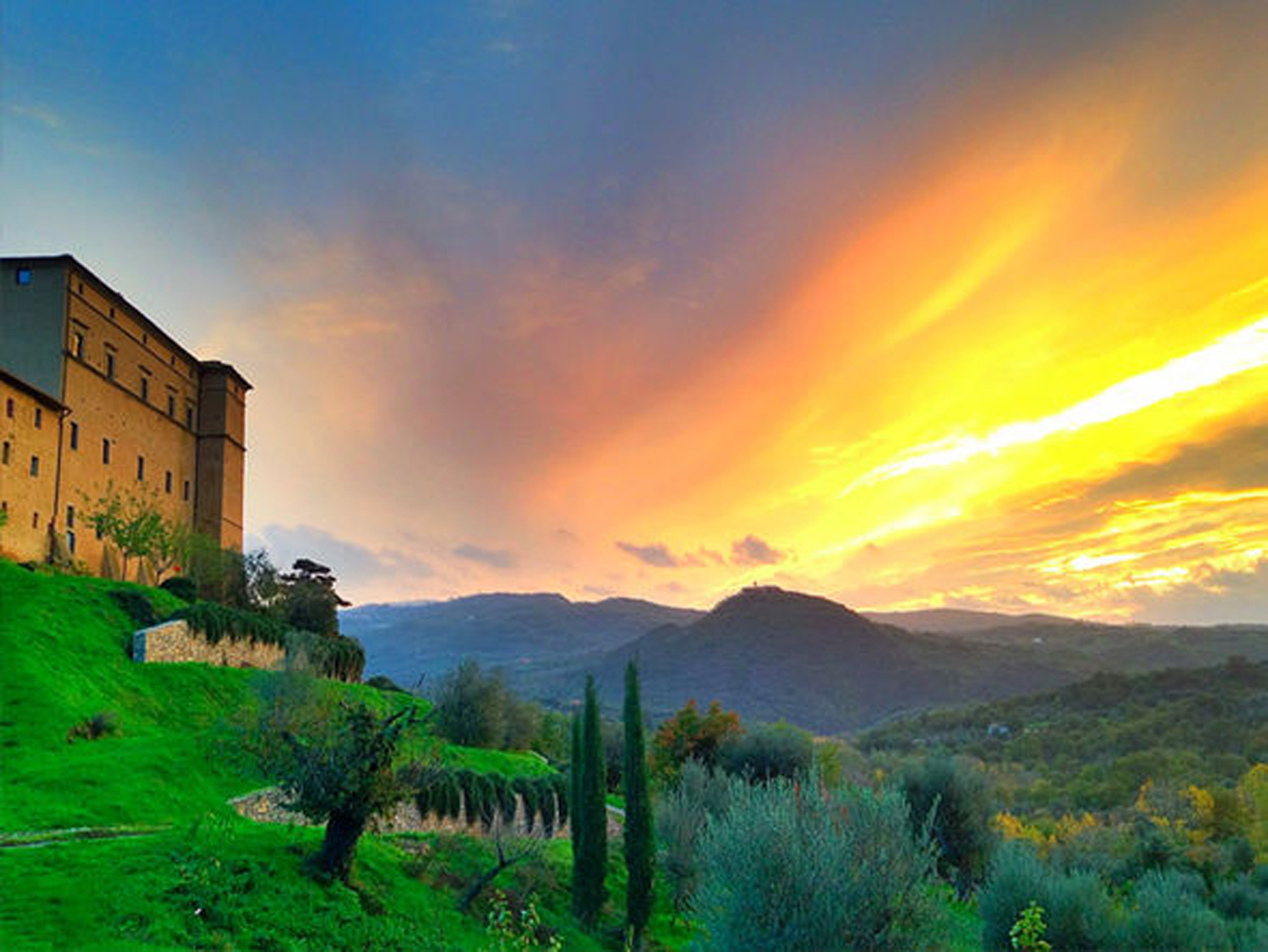Castello  di Potentino. This  splendid ancient castle, built on an Etruscan  site, lies in a secret  valley nestled in one of the last undiscovered corners of Tuscany.